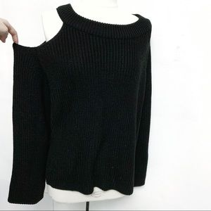 Sweaters - Cold shoulder sweater black knit